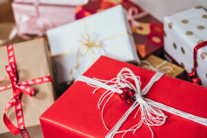 Best Gifts for Safe Holiday Travelers